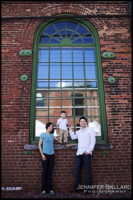 Family Pictures-Distillery District Toronto-1